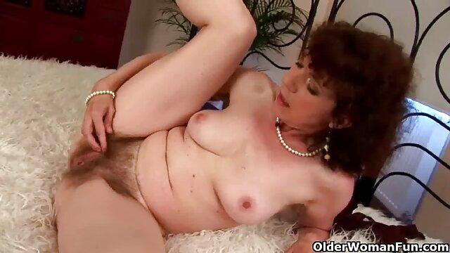 口と膣に大きな美しさによって犯さ アダルト ビデオ 鈴木 一徹
