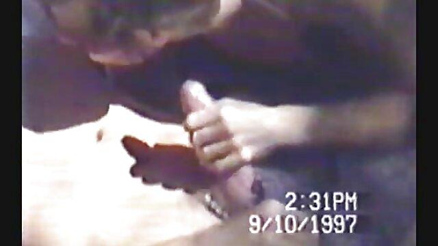 楽しい女の子は通りに裸になるのが大好きです 鈴木 一徹 エロ 動画 無料