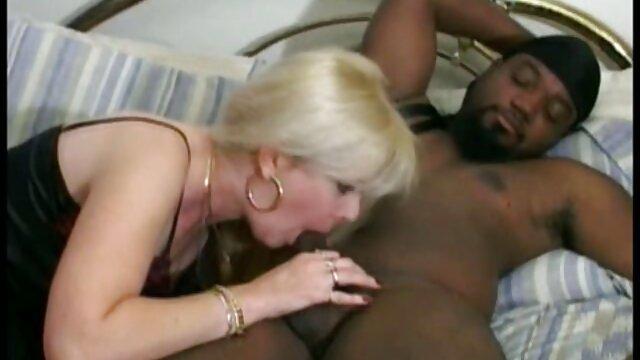 肥満の女性と大きなおっぱい裸足の通り 鈴木 一徹 アダルト ビデオ