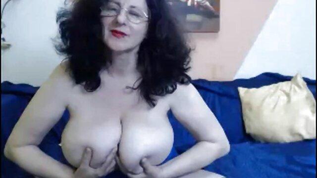 警察のマスターは膣から舐められる。 無料 アダルト 動画 一徹