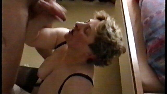 二つのblondesに膣と口 エロ い 動画 鈴木 一徹