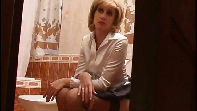仕事で犯される若い乳首ラッキー 鈴木 一徹 の エロ 動画