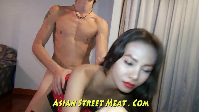 ロシアのふしだらな女とポルノの鋳造。 無料 えろ 動画 鈴木 一徹