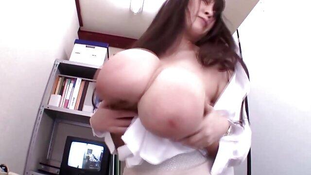 肛門性とロシアの女の子が素朴 一徹 クンニ 動画